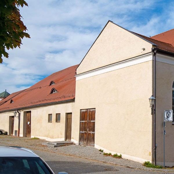 CSU-Haag-Umgestaltung-historischer-Schlosshof